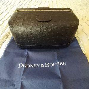 NWT Dooney and Bourke Dopp Kit